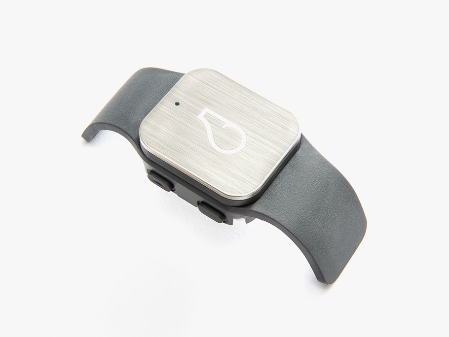 01-Whistle-GPS-Tracker-manufacturer-photo