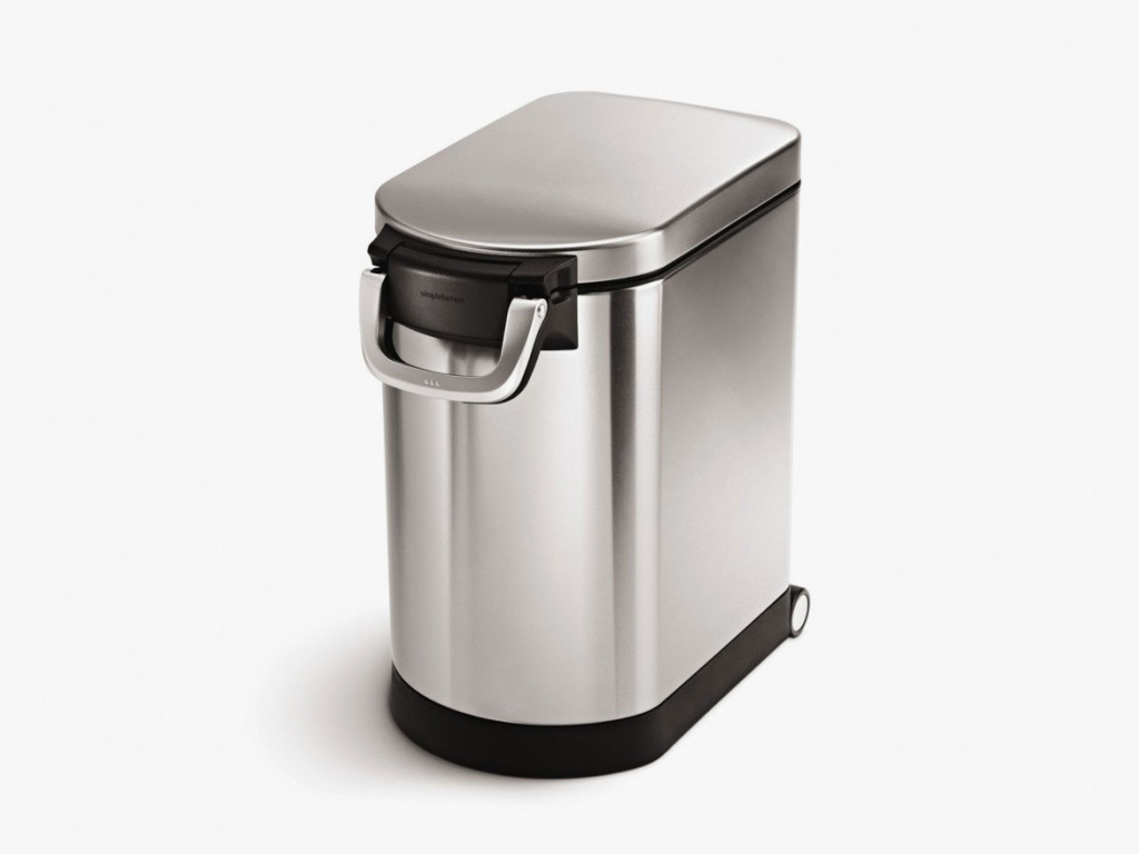 03-Simplehuman-Dog-Food-Container-manufacturer-photo-1024x768