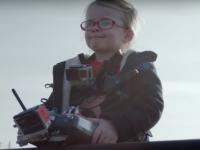 Большой грузовик, маленькая девочка и дистанционное управление — краш-тест по-шведски