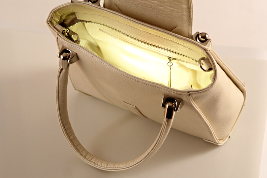 bright-inside-bag-christina-pearl2