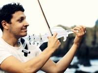 Як виглядає та звучить перша в світі скрипка, створена на 3D-принтері