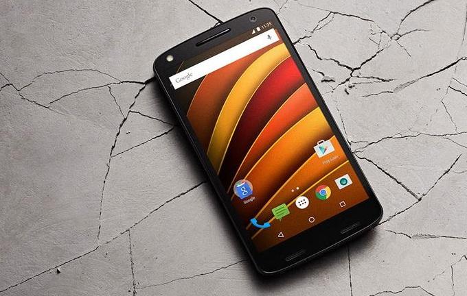 Премиум-смартфон с небьющимся экраном Lenovo Мото Х Force