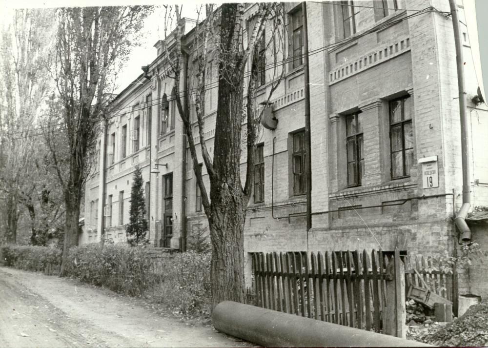 05_MESM_building_19511
