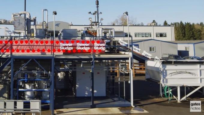 Инновационное оборудование в считанные минуты превращает канализационные отходы в чистую питьевую воду