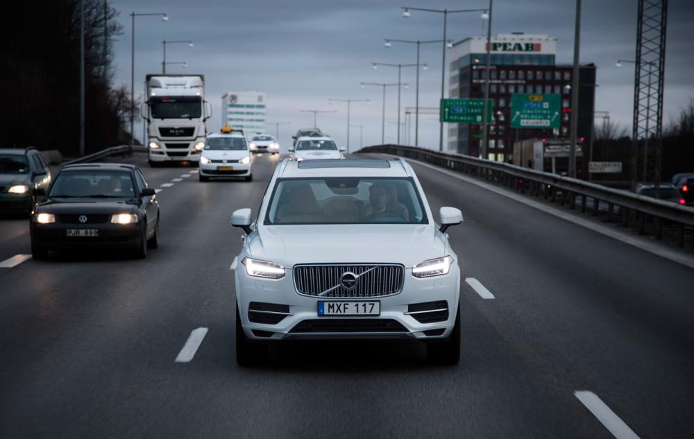 volvo-self-driving-xc90-china