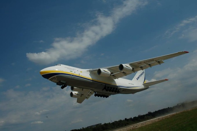 Ан-124-100 «Руслан» у польоті