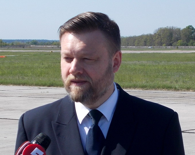 Євген Галуненко, льотчик-випробувач першого класу
