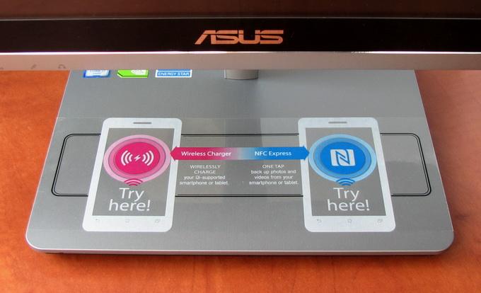 В подставку Vivo AiO V230IC интегрирован NFC-модуль и блок беспроводной зарядки, поддерживающий стандарт Qi