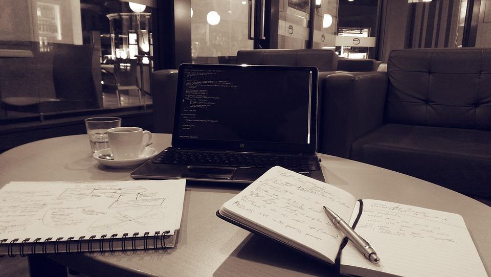 notebook-886532_960_720