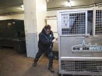 Імперія електронного сміття — один день у Нью-Йорку