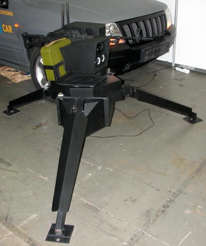 Автономна турель для кулемета, яка здатна в автоматичному режимі, без допомоги оператора, знаходити і вражати ціль