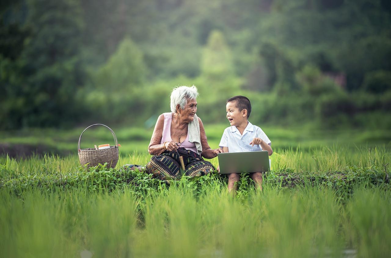 —Бабушка, смотри какую я статью в BuzzFeed нашёл!