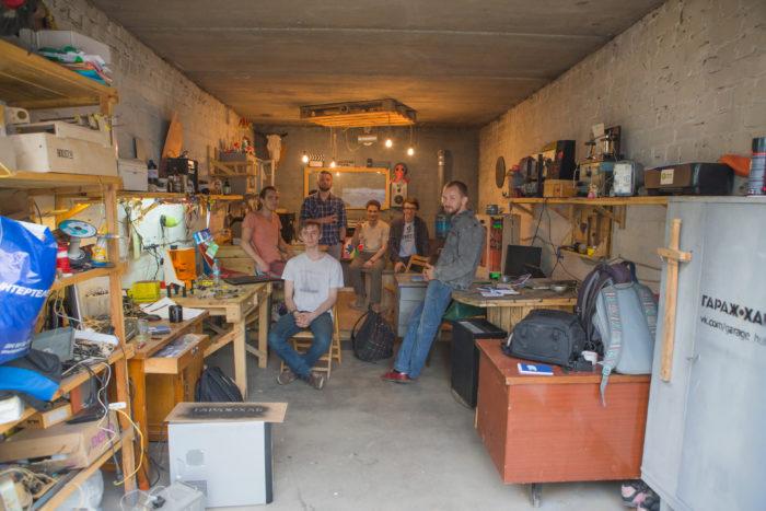 Первый из пяти гаражей. Фото: Максим Лосев