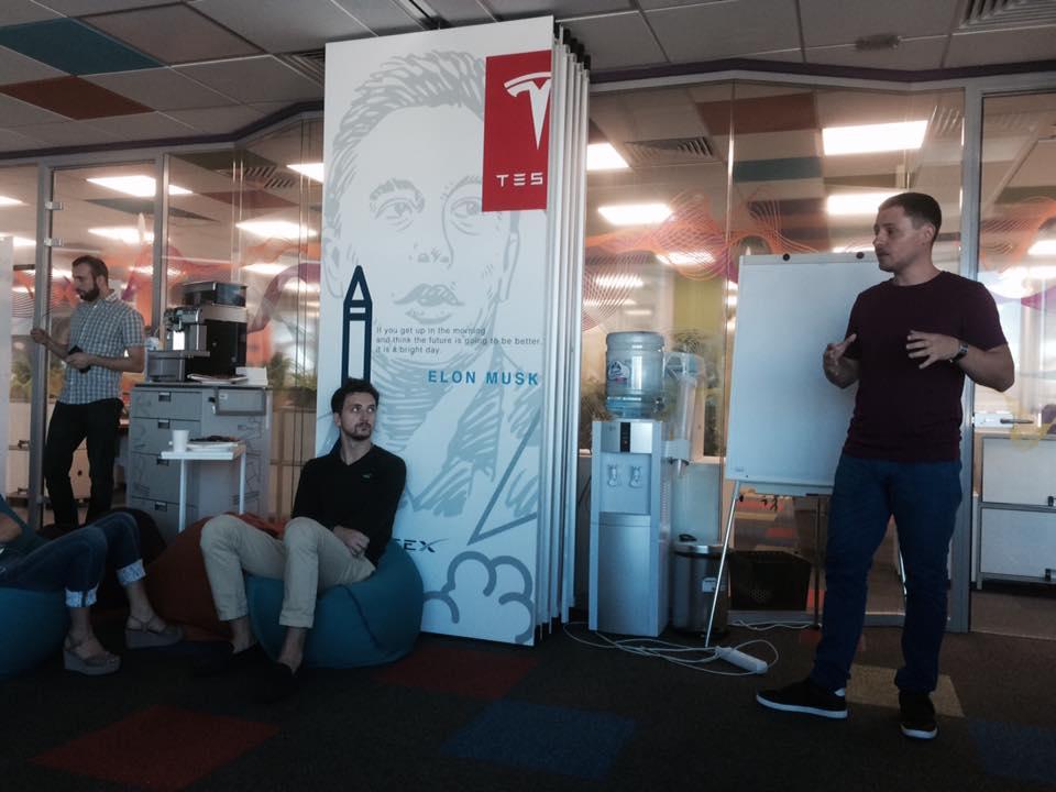 Презентация ARhouse в компании Filip Morris