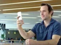 «Розумне» селфі — Adobe представив фоторедактор із штучним інтелектом
