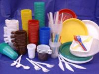 Пластик Невмирущий — чому посуд витісняє людство з планети і що з цим робити