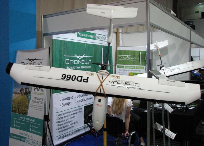 Корпус дронов выполнен из стекловолокна, привод — электрический. Производство — Украина