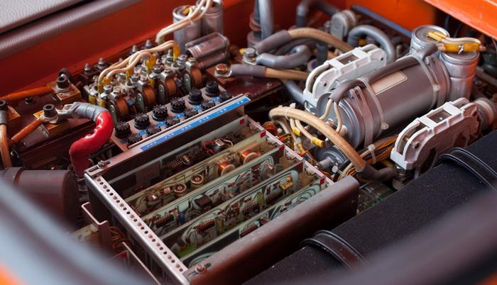 BMW-1602 был оснащён электродвигателем 32 кВт