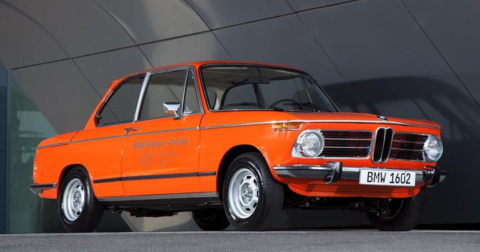 BMW 1602 – первый электромобиль от немецкого автоконцерна. Всего было выпущено 2 штуки в 1972 году для Олимпийских игр в Мюнхене