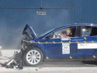 Tesla Model X встановила рекорд з безпеки під час краш-тесту з двома пасажирами