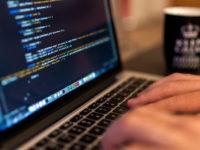 Чому я вчусь програмувати в 56 років — розмова з «другим я»