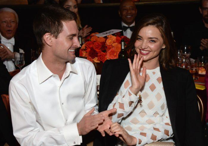 Шпигель и Керр поженились весной 2017 года, подписав жёсткое добрачное соглашение