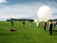 Сонячне затемнення, Марс та бактерії на повітряних кулях
