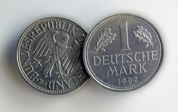 Дойчмарка, якою так пишалися німці, вже за 10 років була замінена на євро