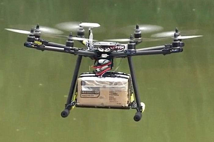 Потужні октакоптери здатні легко піднімати у повітря 4-5 кг вантажу. Їх вартість не перевищує $500-600