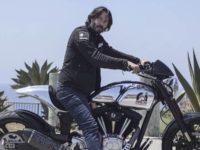 Як актор Кіану Рівз конструює мотоцикли у віртуальній реальності