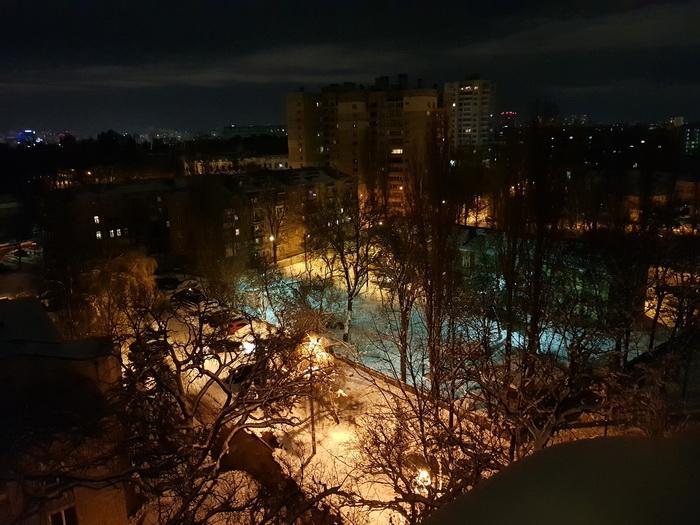 Фото, зроблене вночі. Основна камера, широкий кут