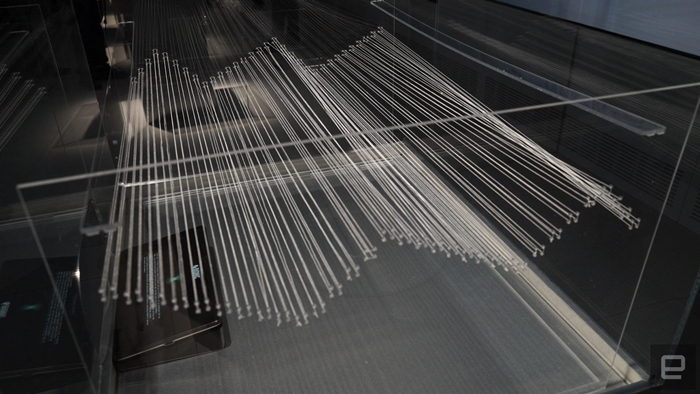 Текстиль з пластика. Проект Bionic