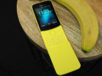 «Банановий» смартфон Nokia 8110 — гра зі спогадами