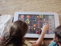 Вперше гральна консоль працює з технологією блокчейн
