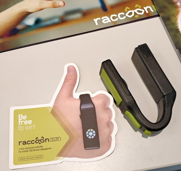 3D-контролер Racoon clip дозволяє керувати комп'ютером аналогічно мишці чи тачпеду