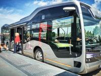 Переходимо на транспорт майбутнього — літаючі таксі, безпілотні потяги та автобуси на каві