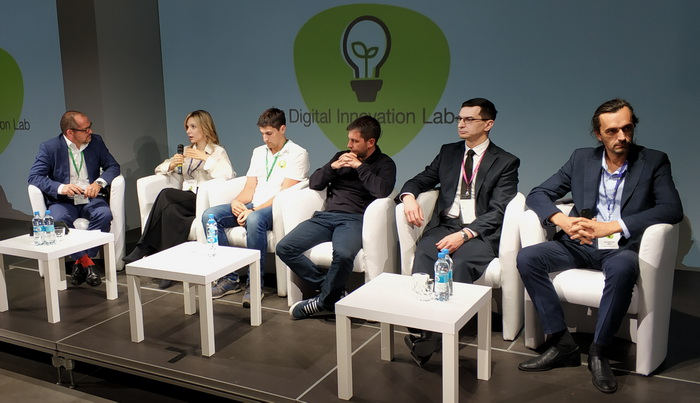 Всі експерти під час панельної дискусії заявили в один голос: в України просто немає іншої ради, крім як стати передовою державою в агросекторі