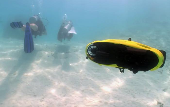 iBubble автоматично рахується за дайверами і фактично є підводним асистентом, що керується дистанційно