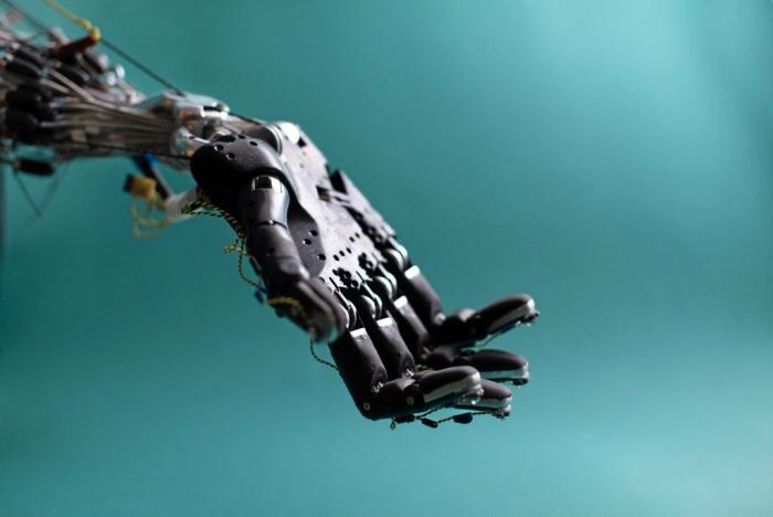 Роботи-маніпулятори та інші речі, над яким працює Google Robotics