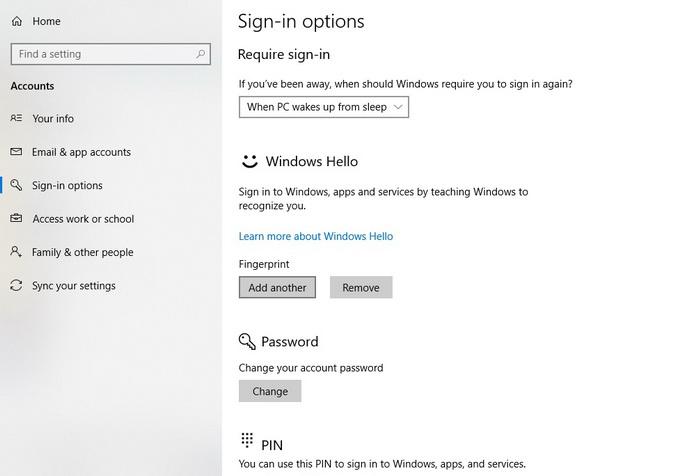В розділі Windows Hello можна зареєструвати відбитки пальців