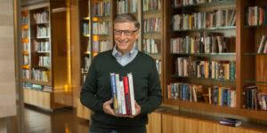 Шукаєте що почитати літом? Список рекомендованих книг від Білла Гейтса