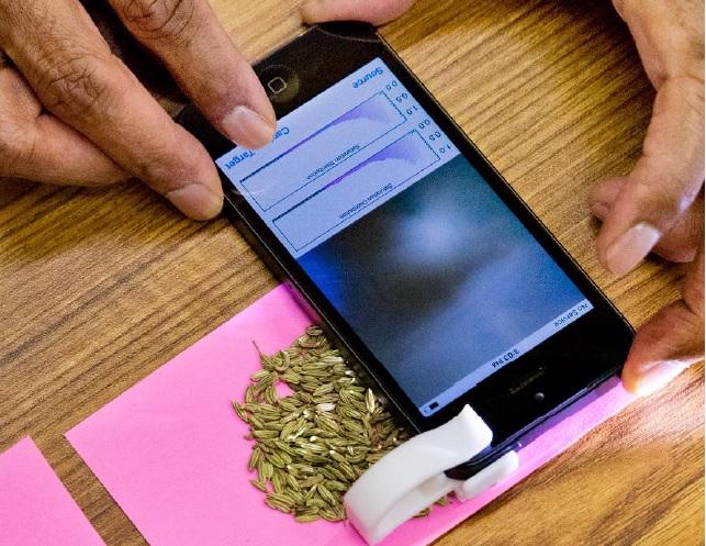 Телефон перетвориться у пристрій для детектування харчових патогенів, який завжди з вами
