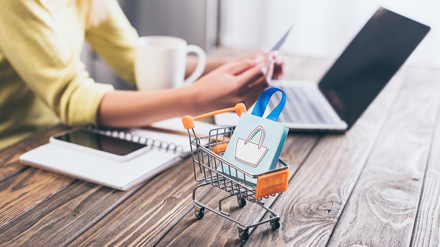 Як не віддати гроші злочинцям під час інтернет-шопінгу