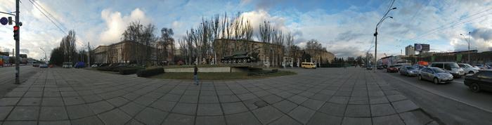 Приклад панорамного знімку, виконаного за допомогою основної камери