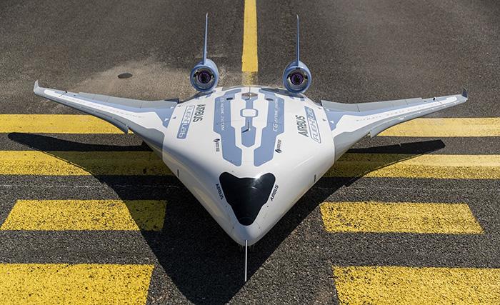 Футуристичний літак нового покоління — Airbus Maveric