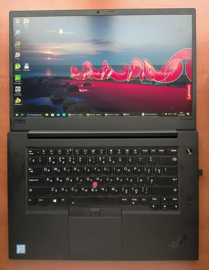Ноутбуки серії Lenovo ThinkPad X1 Extreme традиційно відкриваються на 180 градусів